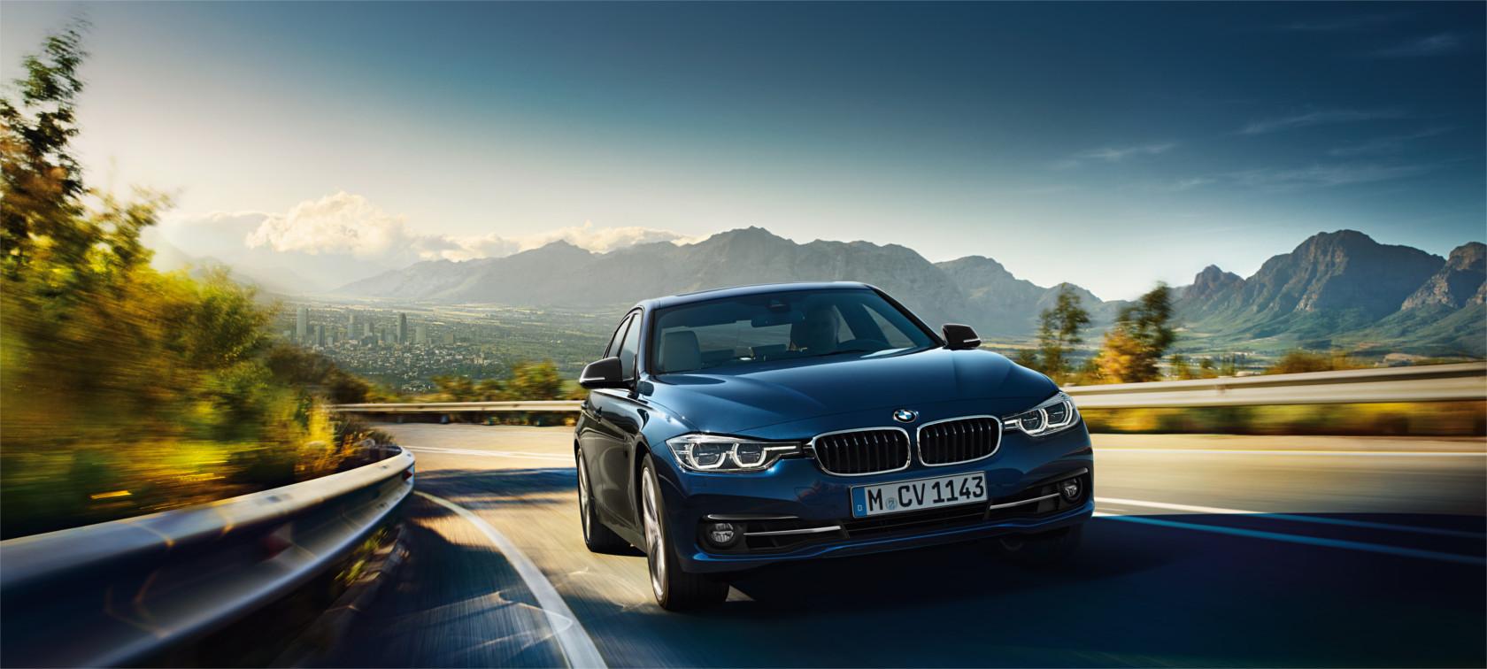 BMW 3 Series Sedan : At A Glance