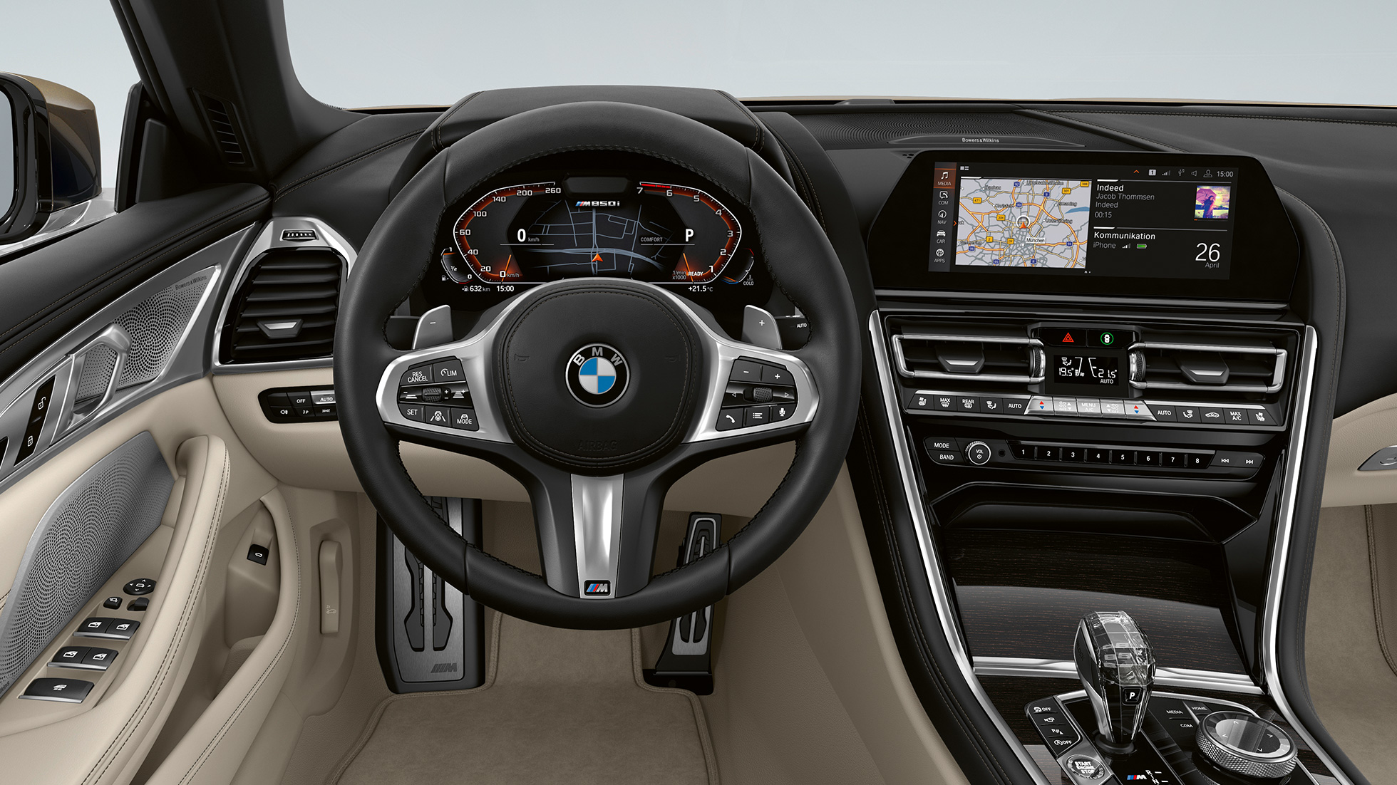 BMW M850i xDrive, Dravit Grey metallic, Cockpit with M leather steering wheel.