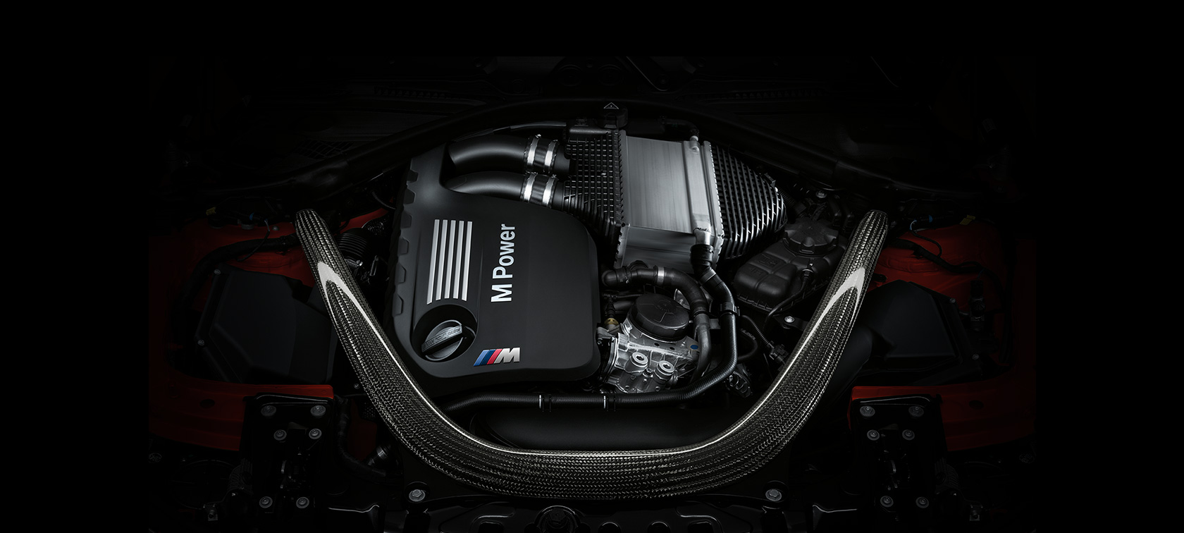 BMW M-Series M4 Coupe M Power engine zoom up